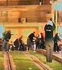 La policía dispara al aire en Grecia frente a manifestates